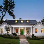 บ้านไม้สไตล์คันทรี ประยุกต์เข้ากับความโมเดิร์น ตกแต่งได้อย่างสวยงาม อัดแน่นไอเดียสร้างสรรค์ไว้ภายใน