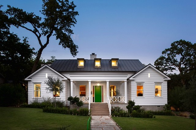 wooden-house-modern-country-style-12