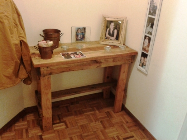 Fantastic Recycled Pallet Coffee Table Diy Coat Hanger Side Table Small Small Bench Table - Small Room Decorating Ideas