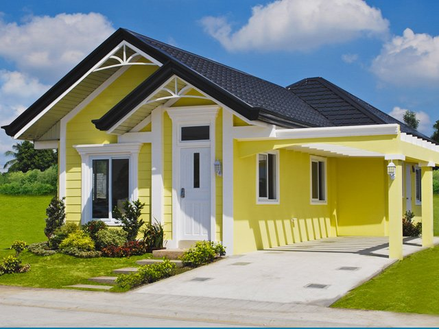 1-storey-yellow-narrow-facade-house-for-small-family-1