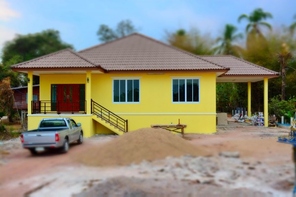 1-5m-contemporary-yellow-house-in-countryside-review-22