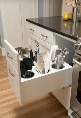 27-creative-and-clever-organized-tables-and-shelves-13