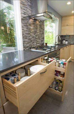 27-creative-and-clever-organized-tables-and-shelves-23
