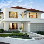 บ้านหลังใหญ่ โทนสีขาว รูปทรงเต็มเปี่ยมพร้อมความภูมิฐาน พร้อมการตกแต่งสวยหย่อมสวยงามรอบบ้าน