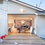 บ้านคอทเทจสมัยใหม่ ตกแต่งภายนอกแบบเรียบง่าย ภายในสวยงามโทนสีขาว-น้ำตาล น่าอยู่