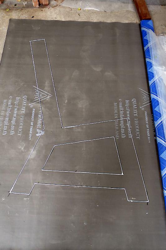 concrete-bench-in-garden-diy-6