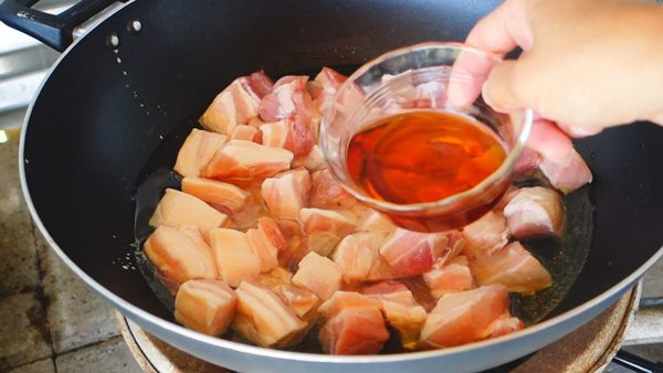 fried-salty-streaky-pork-recipe-6