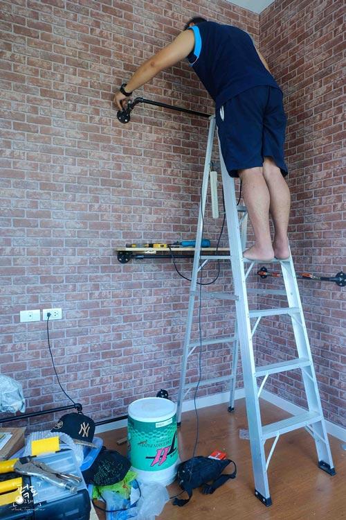 industrial-loft-bedroom-decoration-review-47