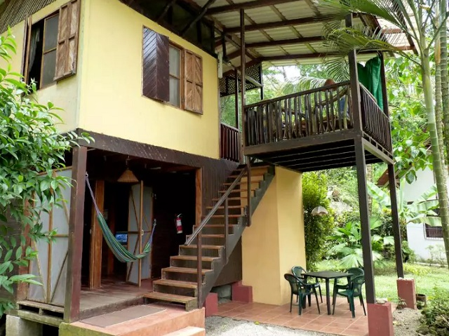 slow-life-jungle-house-for-family-10