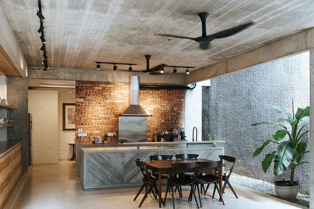 1-storey-comfortable-industrial-loft-house-in-kuala-lumpur-4