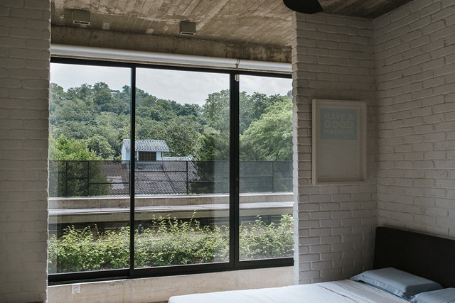 1-storey-comfortable-industrial-loft-house-in-kuala-lumpur-7