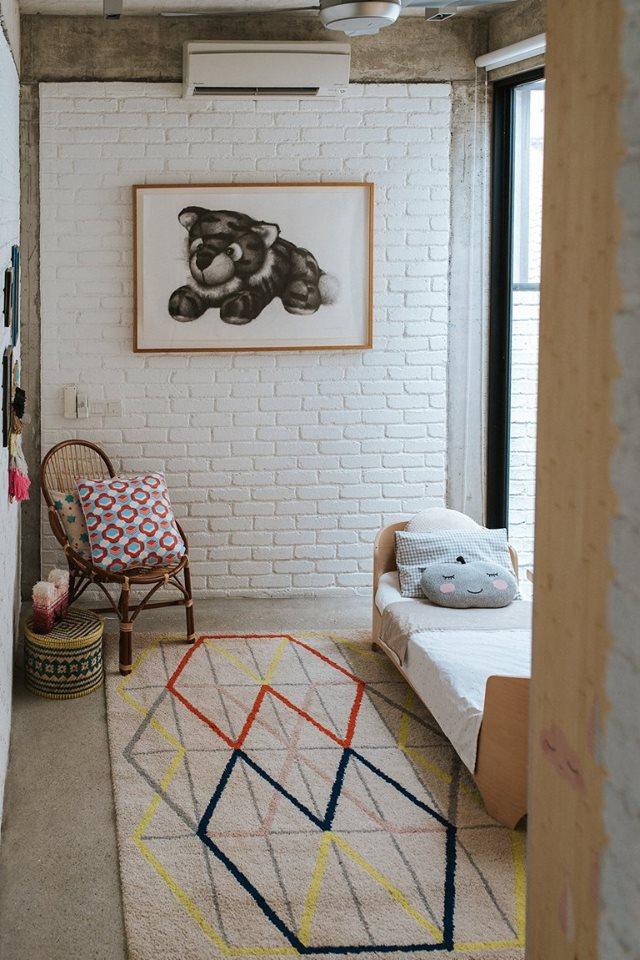 1-storey-comfortable-industrial-loft-house-in-kuala-lumpur-9