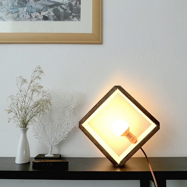 25-creative-wood-lamp-ideas-20