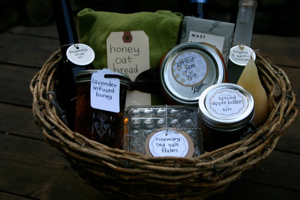 handmade-mothers-day-gift-baskets
