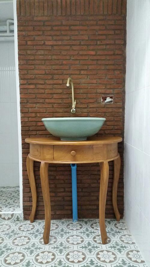 boutique-restroom-renovation-review-14