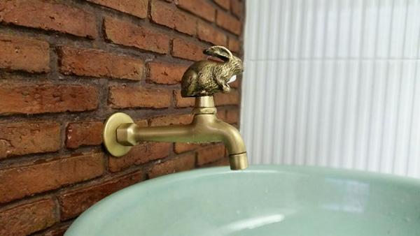 boutique-restroom-renovation-review-20