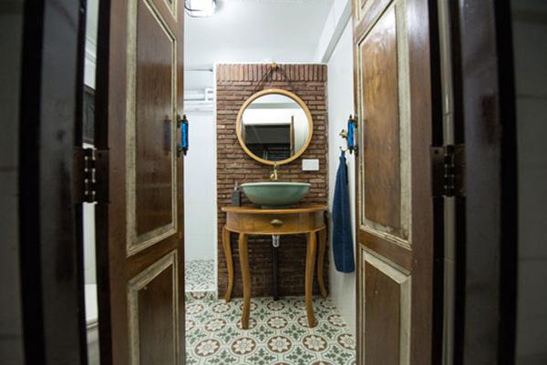 boutique-restroom-renovation-review-30