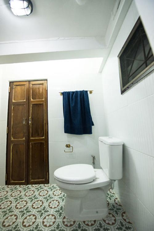 boutique-restroom-renovation-review-32