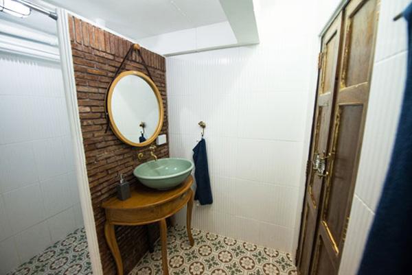 boutique-restroom-renovation-review-33