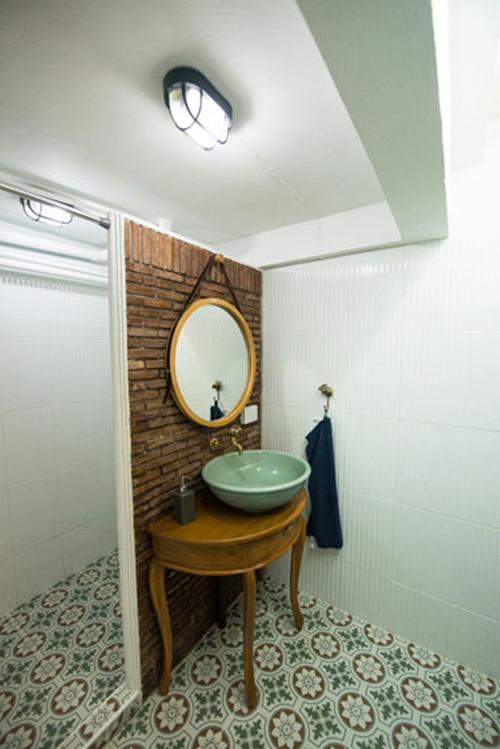boutique-restroom-renovation-review-34