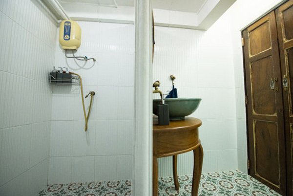 boutique-restroom-renovation-review-36