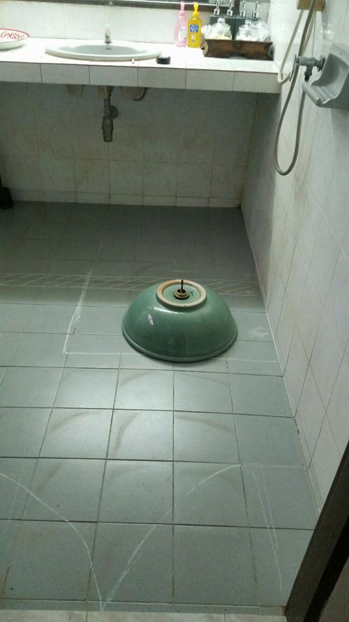 boutique-restroom-renovation-review-4