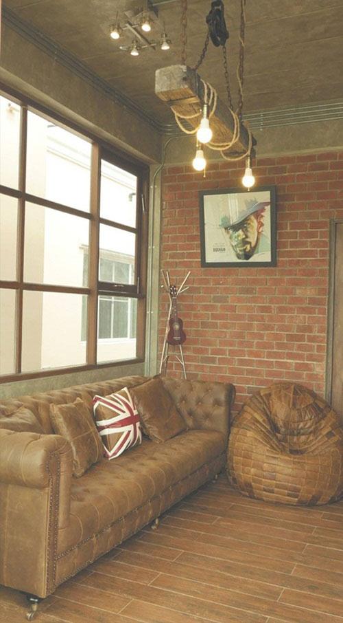 modern-loft-home-office-review-108