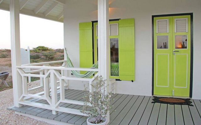 small-white-green-cottage-house-2