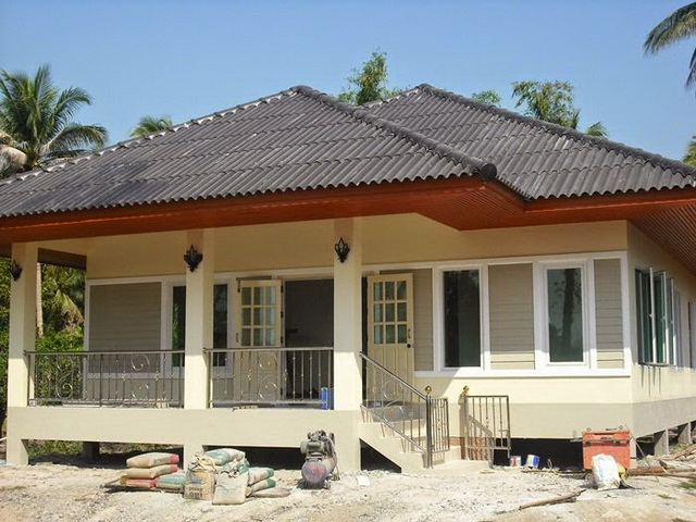 1-storey-contemporary-hip-roof-house-2