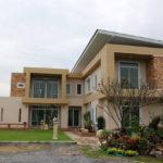 Review : บ้านโมเดิร์นขนาดสองชั้น พื้นที่ใช้สอย 150 ตร. ม. งบประมาณก่อสร้างราว 3 ล้านบาท