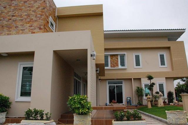 2-storey-150-sqm-modern-house-review-2