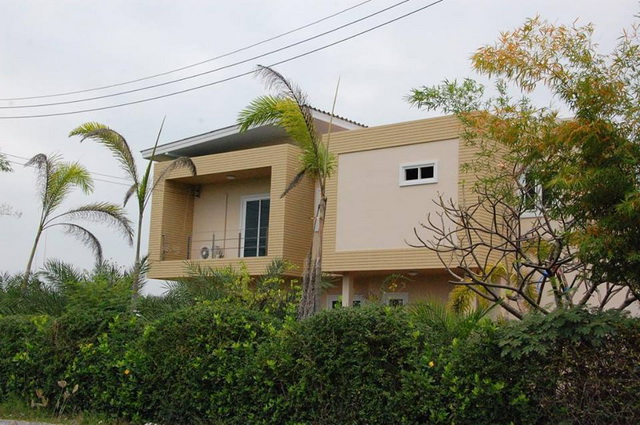 2-storey-150-sqm-modern-house-review-4