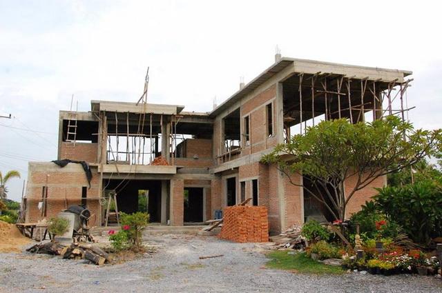 2-storey-150-sqm-modern-house-review-5