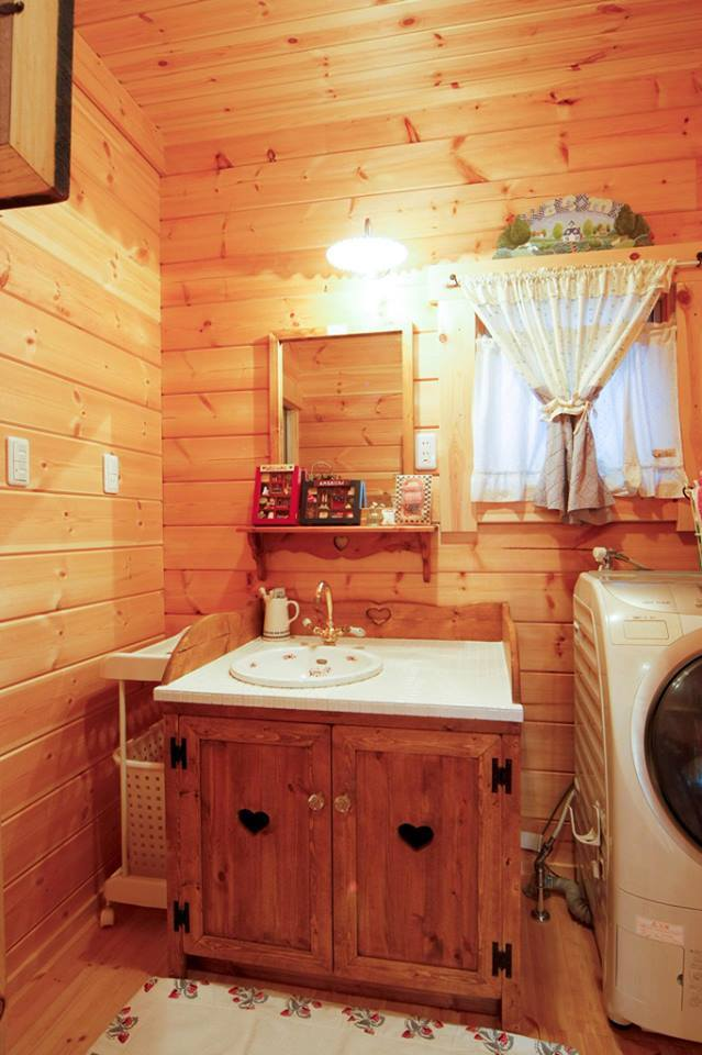 2-storey-country-log-cabin-house-8