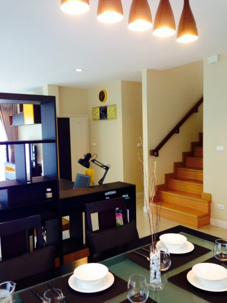 2 storey house clean and clear decoration review (26)