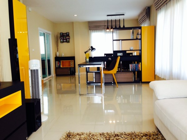 2 storey house clean and clear decoration review (27)
