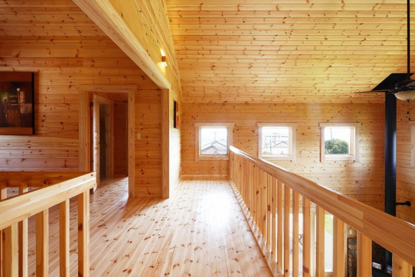 2-storey-wooden-country-house-with-wide-patio-4