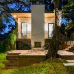 บ้านสวนสไตล์โมเดิร์น โดดเด่นในรูปทรง วัสดุ มาพร้อมการจัดบริบทร่วมกับธรรมชาติที่งดงาม