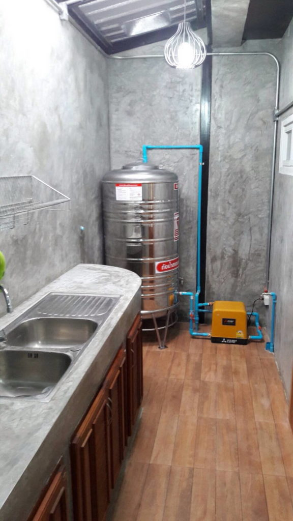 backyard townhome loft kitchen renovation (6)