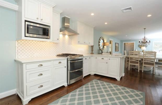 lovely coastal white cottage house (2)