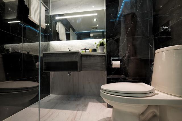 monotone bathroom condo renovation (28)