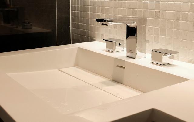 monotone bathroom condo renovation (32)