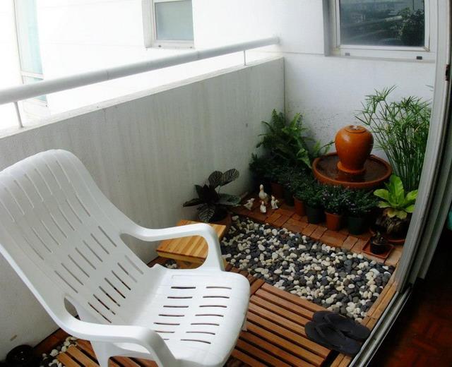 narrow condo patio garden review (12)