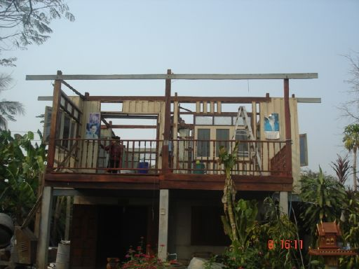 old-thai-wooden-house-renovation-6