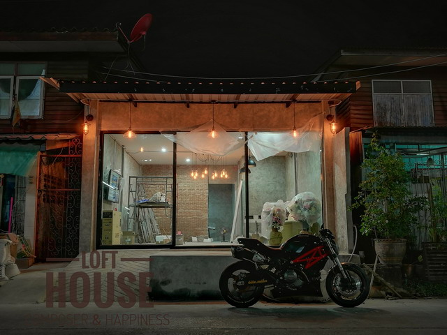 row house renovated into cool loft house review (77)
