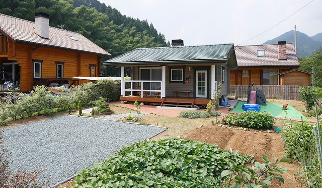 slow life japanese rural wood house (8)