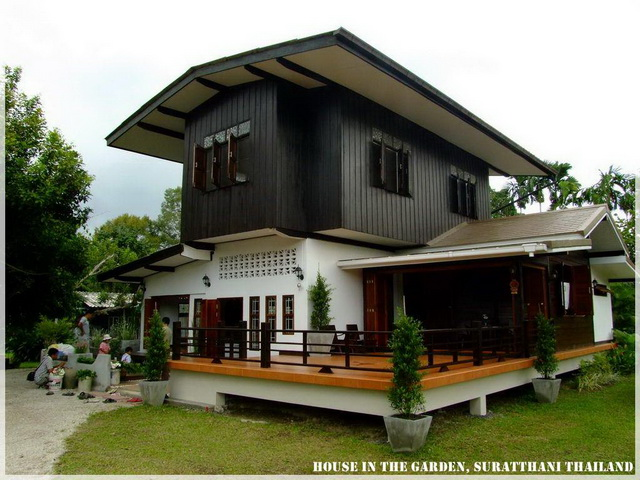 thai country half wood half concrete house review (21)