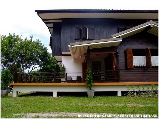 thai country half wood half concrete house review (30)