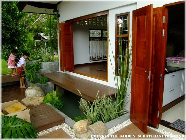 thai country half wood half concrete house review (35)