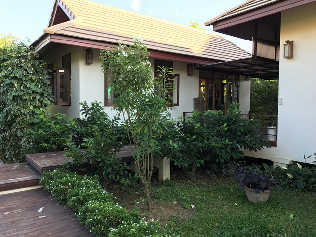 traditional thai kitchen cottage review (3)